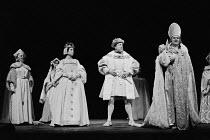 HENRY VIII  by Shakespeare  design: John Bury  lighting: John Bradley  director: Trevor Nunn   front, l-r: Lisa Harrow (Anne Bullen), Donald Sinden (Henry VIII), Emrys James (Cranmer) Royal Shakespear...