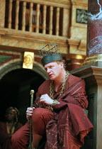 THE WINTER'S TALE by Shakespeare design: Tom Phillips director: David Freeman Mark Lewis Jones (Leontes) Shakespeare's Globe (SG), London SE1   06/1997                 (c) Donald Cooper/Photostage   p...