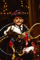 BARTHOLOMEW FAIR  by Ben Jonson  design: William Dudley  lighting: David Hersey  director: Richard Eyre Anthony O'Donnell (Humphrey Wasp)Olivier Theatre, National Theatre (NT), London SE1  20/10/1988...