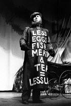 BARTHOLOMEW FAIR  by Ben Jonson  design: William Dudley  lighting: David Hersey  director: Richard Eyre John Wells (Adam Overdo) Olivier Theatre, National Theatre (NT), London SE1  20/10/1988   (c) Do...