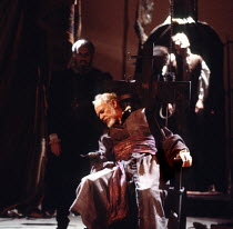 THE SPANISH TRAGEDY  by Thomas Kyd  design: Chris Dyer  lighting: Leonard Tucker  director: Michael Bogdanov Michael Bryant (Hieronimo)Cottesloe Theatre, National Theatre (NT), London SE1  22/09/1982...