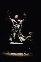 Gerard Murphy (Oedipus), Joanne Pearce (Antigone) in OEDIPUS AT COLONUS by Sophocles at the Swan Theatre, Royal Shakespeare Company (RSC), Stratford-upon-Avon, England  25/10/1991     part ii of THE...