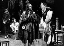 THE NEW INN by Ben Jonson design: Sue Blane lighting: Wayne Dowdeswell director: John Caird front, l-r: Richard McCabe (Sir Glorious Tipto), Joseph O'Conor (Goodstock) Royal Shakespeare Company (RSC),...