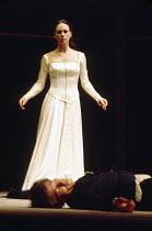 ROMEO AND JULIET by Shakespeare design: Chris Dyer lighting: Clive Morris director: Trevor Nunn   Ian McKellen (Romeo), Francesca Annis (Juliet) Royal Shakespeare Company (RSC), Royal Shakespeare Thea...