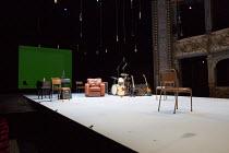 MOOD MUSIC by Joe Penhall set design: Hildegard Bechtler costumes: Dinah Collin lighting: Rick Fisher director: Roger Michell ~stage, set, auditorium, boxes, proscenium, musical instruments, drums, gu...