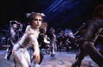 CATS based on T. S. Eliot's 'Old Possum's Book of Practical Cats' composer: Andrew Lloyd Webber design: John Napier lighting: David Hersey choreography: Gillian Lynne director Trevor Nunn ~original Lo...