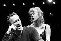 TWO-WAY MIRROR by Arthur Miller design: Bob Crowley lighting: Paul Denby director: David Thacker ~Bob Peck (Tom O'Toole), Helen Mirren (Angela) The Young Vic, London SE1 01/1989 (c) Donald Cooper/Phot...