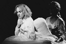 THE ART OF SUCCESS by Nick Dear design: Ultz lighting: Ian Loffhagen director: Adrian Noble <br> l-r: Niamh Cusack (Jane Hogarth), Penny Downie (Sarah Sprackling) Royal Shakespeare Company (RSC), The...
