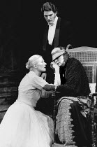THE ASPERN PAPERS by Henry James adapted from the novel by Michael Redgrave design: Carl Toms lighting: Joe Davis director: Frith Banbury <br> Vanessa Redgrave (Miss Tina), Christopher Reeve (Henry Ja...