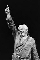 KING LEAR IN NEW YORK by Melvyn Bragg set design: Simon Higlett costumes: Binnie Bowerman lighting: Bill Bray director: Patrick Garland <br> John Stride (Robert) Chichester Festival Theatre (CFT) / We...