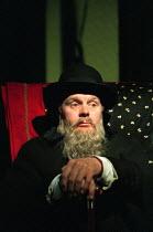 AFTER DARWIN by Timberlake Wertenbaker design: Joanna Parker lighting: Simon Corder director: Lindsay Posner <br> Jason Watkins (Charles Darwin / Tom) Hampstead Theatre, London NW3 13/07/1998 (c) Dona...