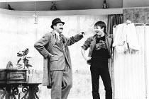 LOOT by Joe Orton design: Saul Radomsky lighting: Mick Hughes director: Jonathan Lynn <br>~l-r: Leonard Rossiter (Truscott), Neil Pearson (Hal)~Ambassador's Theatre, London WC2 13/03/1984 (c) Donald C...
