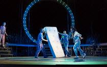 A MIDSUMMER NIGHT'S DREAM by Shakespeare design: Rachael Canning lighting: Ben Ormerod movement: Emily-Jane Boyle director: Dominic Hill <br> l-r: Remy Beasley (Helena), Pierro Niel-Mee (Demetrius),...