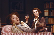 MRS KLEIN by Nicholas Wright set design: John Gunter costumes: Stephen Brimson-Lewis lighting: Mark Seaman director: Peter Gill <br> l-r: Zoe Wanamaker (Paula), Francesca Annis (Melitta) Cottesloe The...