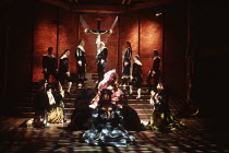 THE CHANGELING by Thomas Middleton & William Rowley set design: Julian McGowan costumes: Andreane Neofitou fights: Malcolm Ranson lighting: Alan Burrett director: Michael Attenborough <br> centre, wit...