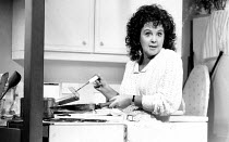 1988 SHIRLEY VALENTINE by Willy Russell design: Bruno Santini lighting: Nick Chelton director: Simon Callow <br> Pauline Collins (Shirley Valentine) Vaudeville Theatre, London WC2 21/01/1988 (c) Don...