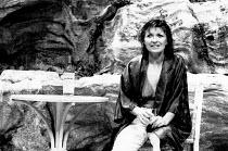 SHIRLEY VALENTINE by Willy Russell design: Bruno Santini lighting: Leonard Tucker director: Richard Olivier <br>~Hannah Gordon (Shirley Valentine) Duke of York's Theatre, London WC2 28/06/1989 (c) Don...