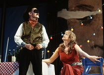 MUCH ADO ABOUT NOTHING by Shakespeare design: Neil Warmington lighting: Rick Fisher director: Matthew Warchus <br> Mark Rylance (Benedick), Janet McTeer (Beatrice) Queen's Theatre, London W1 06/07/199...