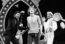 PIPPIN book: Roger O. Hirson music & lyrics: Stephen Schwartz set design: Tony Walton costumes: Patricia Zipprodt lighting: Jules Fisher director & choreographer: Bob Fosse <br> front, l-r: Northern J...