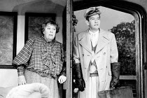 ROOKERY NOOK by Ben Travers design: Alan Pickford director: Mark Kingston <br> Peggy Mount (Mrs Leverett), Tom Courtenay (Gerald Popkiss) Shaftesbury Theatre, London WC1 02/09/1986 (c) Donald Cooper/P...