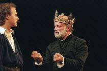 HENRY IV by Shakespeare design: Pamela Howard director: Stephen Unwin <br> l-r: Samuel West (Hal), Gary Waldhorn (King Henry IV) English Touring Theatre (ETT), Old Vic, London SE1 30/01/1997 (c) Don...