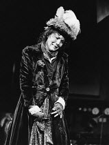 PYGMALION by George Bernard Shaw design: Jocelyn Herbert & Andrew Sanders lighting: Andy Phillips director: John Dexter <br> Diana Rigg (Eliza Doolittle) Albery Theatre, London WC2 16/05/1974 (c) Dona...