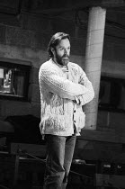 William Gaskill (co-director) at a rehearsal of A MAD WORLD, MY MASTERS by Barrie Keeffe at The Young Vic, London SE1 04/1977 <br> Bill Gaskill English stage director b.1930 d.2016 (c) Donald Cooper/...