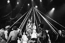 ROBIN HOOD by David Wood, Dave & Toni Arthur set design: Bernard Culshaw costumes: John Fraser lighting: And Phillips director: David Toguri <br> the company The Young Vic, London SE1 12/1982 (c) Dona...
