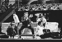 front right: Richard Gere (Danny Zuko) in GREASE at the New London Theatre, London WC2 26/06/1973 book, music & lyrics: Jim Jacobs & Warren Casey set design: Douglas W. Schmidt costumes: Carrie F. Rob...