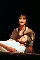 Joanna Ampil (Mary Magdalene), Steve Balsamo (Jesus Christ) in JESUS CHRIST SUPERSTAR at the Lyceum Theatre, London WC2 19/11/1996 music: Andrew Lloyd Webber lyrics: Tim Rice design: John Napier direc...