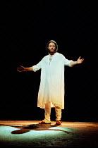 Steve Balsamo (Jesus) in JESUS CHRIST SUPERSTAR at the Lyceum Theatre, London WC2 19/11/1996 music: Andrew Lloyd Webber lyrics: Tim Rice design: John Napier director: Gale Edwards