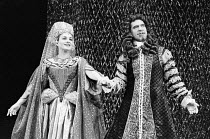 Barbara Jefford (Cleopatra, Queen of Egypt), John Turner (Marc Antony) in ALL FOR LOVE by John Dryden at the The Old Vic, London SE1 1977  design: Nicholas Georgiadis director: Frank Hauser