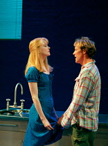 Nicole Kidman, Iain Glen in THE BLUE ROOM by David Hare at the Donmar Warehouse, London WC2 22/09/1998 freely adapted from 'Der Reigen' by Arthur Schnitzler design: Mark Thompson lighting: Hugh Vansto...