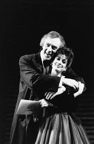 Kevin Colson (George Dillingham), Kathleen Rowe McAllen (Giulietta Trapani) in ASPECTS OF LOVE at the Prince of Wales Theatre, London W1 17/04/1989  music & book by Andrew Lloyd Webber lyrics: Don...