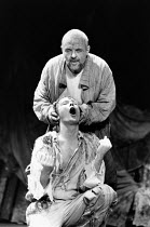 Bill Nighy (Edgar / Poor Tom), Anthony Hopkins (Lear) in KING LEAR by Shakespeare at the Olivier Theatre, National Theatre (NT), London SE1 11/12/1986  set design: Hayden Griffin costumes: Christi...