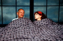 Steven Berkoff and Anita Dobson in KVETCH by Steven Berkoff at the Garrick Theatre, London WC2 08/10/1991  design: Silvia Jahnsons director: Steven Berkoff