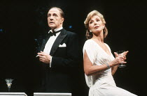 Edward Petherbridge (Noel), Susan Hampshire (Gertie) in NOEL AND GERTIE at the Duke of York's Theatre, London WC2 11/1991  devised by Sheridan Morley design: Carl Toms lighting: Leonard Tucker cho...