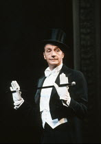 Edward Petherbridge (Noel) in NOEL AND GERTIE at the Duke of York's Theatre, London WC2 11/1991  devised by Sheridan Morley design: Carl Toms lighting: Leonard Tucker choreography: Eleanor Fazan d...