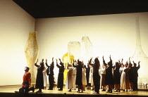 front left: David Daniels (Didymus), Lorraine Hunt (Irene) in THEODORA at Glyndebourne Festival Opera, East Sussex, England 17/05/1996  music: G F Handel libretto: Thomas Morell conductor: William...