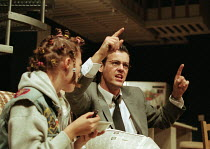Kelly Macdonald (Donna), Rupert Graves (Eddie) in HURLYBURLY by David Rabe at the Old Vic, London SE1 24/03/1997  design: Paul Andrews director: Wilson Milam