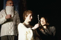 l-r: Andrew Jarvis (Claudius), Anne White (Gertrude), Veronica Smart (Ophelia) in HAMLET by Shakespeare at the Haymarket Theatre Leicester, England 19/09/1989 international touring production desi...