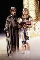 l-r: Aubrey Woods (Jacob / Potiphar), Jason Donovan (Joseph) in JOSEPH AND THE AMAZING TECHNICOLOR DREAMCOAT at the London Palladium, London W1 12/06/1991 music: Andrew Lloyd Webber lyrics: Tim Ri...