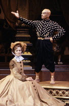 Virginia McKenna (Anna Leonowens), Yul Brynner (The King of Siam) in THE KING AND I at the London Palladium, London W1 12/06/1979  music: Richard Rogers lyrics & book: Oscar Hammerstein II set des...