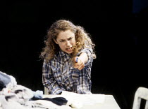 Alex Kingston (Emma) in THE CURSE OF THE STARVING CLASS by Sam Shepard at the Royal Shakespeare Company (RSC), The Pit, Barbican Centre, London EC2 11/09/1991  design: Kenny Miller lighting: Nick...