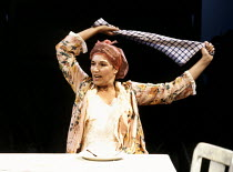 Susan Fleetwood (Ella) in THE CURSE OF THE STARVING CLASS by Sam Shepard at the Royal Shakespeare Company (RSC), The Pit, Barbican Centre, London EC2 11/09/1991  design: Kenny Miller lighting: Nic...