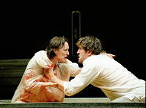 Fiona Shaw (Medea), Jonathan Cake (Jason) in MEDEA by Euripides at the Queen's Theatre, London W1 30/01/2001  translated by Kenneth McLeish & Frederic Raphael set design: Tom Pye costumes: Tom Ran...