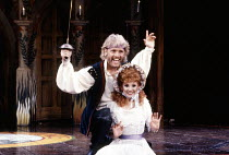 Paul Nicholas (The Pirate King), Bonnie Langford (Mabel) in THE PIRATES OF PENZANCE by Gilbert & Sullivan at the London Palladium, London W1 26/03/1990  music: Arthur Sullivan lyrics: W S Gilbert...