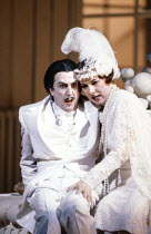 Eric Idle (Ko-Ko), Felicity Palmer (Katisha) in THE MIKADO by Gilbert & Sullivan at English National Opera (ENO), London Coliseum, London WC2 27/09/1986  conductor: Peter Robinson set design: Stef...