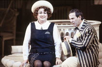 Susan Bullock (Yum-Yum), Bonaventura Bottone (Nanki-Poo) in THE MIKADO by Gilbert & Sullivan at English National Opera (ENO), London Coliseum, London WC2 23/11/1988  conductor: John Price-Jones se...