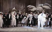 Richard Angas (The Mikado) in THE MIKADO by Gilbert & Sullivan at English National Opera (ENO), London Coliseum, London WC2 23/11/1988  conductor: John Price-Jones set design: Stefanos Lazaridis c...